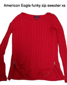 American Eagle funky zip cable knitted sweater xs
